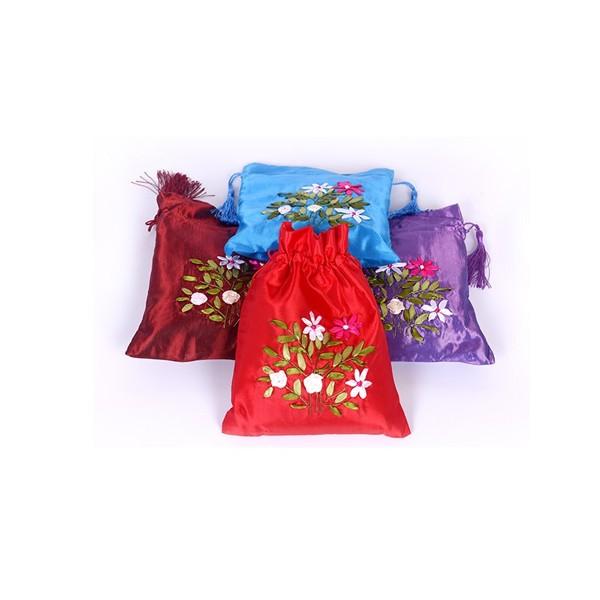 丝带绣抽袋炭包